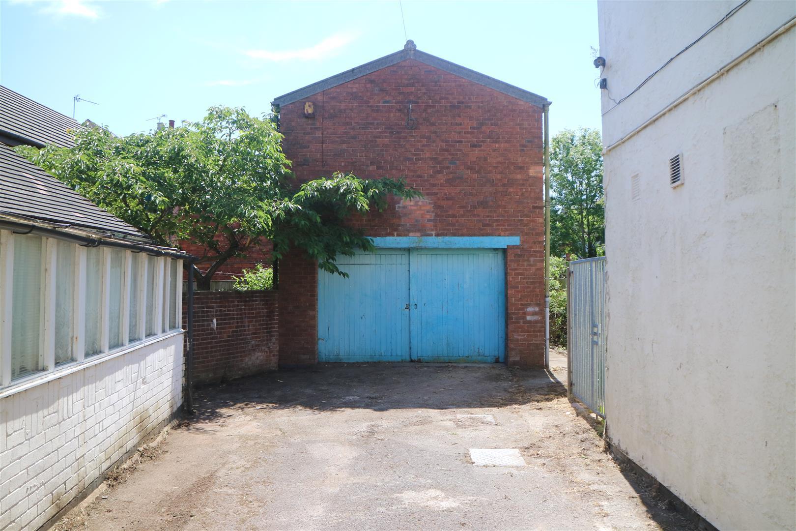 Vernon Road Kirkby-In-Ashfield NG17 8EJ